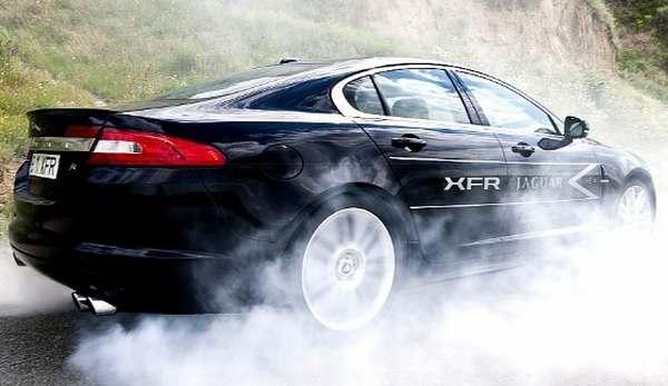 F: Jaguar XFR-S (autoevolution)