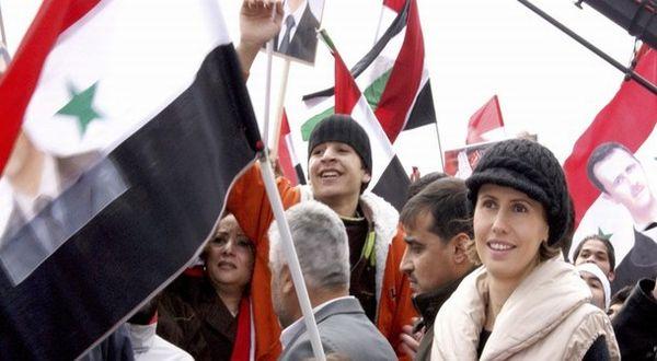 Asma Al-Assad (menggunakan jaket merah muda) (Foto: Reuters)