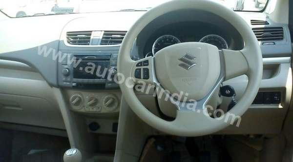 F: Interior Suzuki Ertiga (motorbeam)
