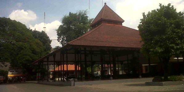 Eks Pendopo Kadipaten Surabaya (Foto : Nurul Arifin/Okezone)
