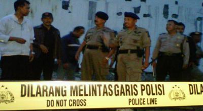 Polisi periksa lokasi ledakan di Stasiun Poncol (Foto: okezone/Nugroho S)