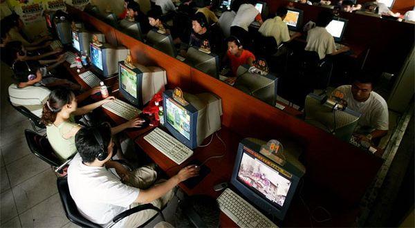 3 Tahun Pengguna Internet Meningkat 2 Kali Lipat