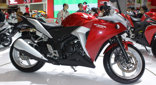 F: Honda CBR250R (Okezone)
