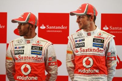 Lewis Hamilton dan Jenson Button. (Foto: Getty Images)