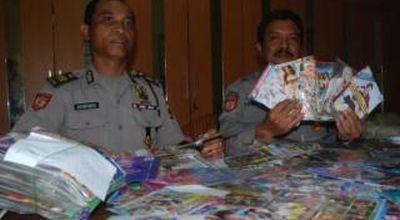 Polisi gelar perkara DVD porno (Foto: Nurul A/okezone)