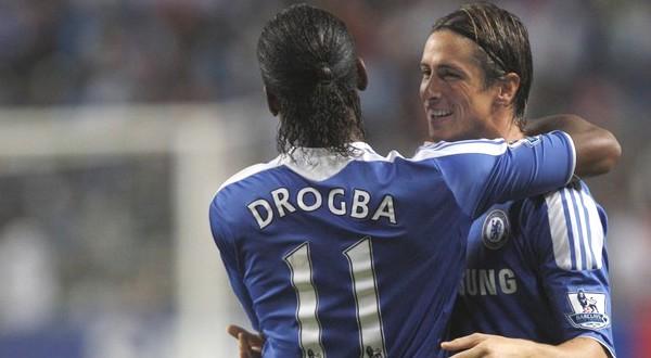 Didier Yves Drogba Tebily dan Fernando Jose Torres Sanz (Foto: Reuters)