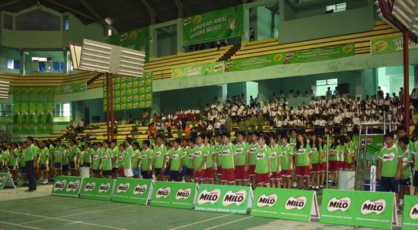 Suasana pembukaan MILO School Competition di Manado