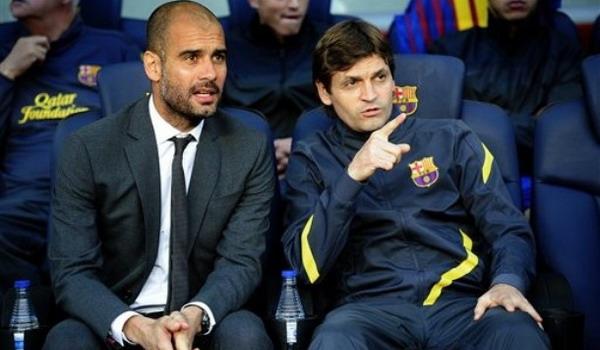 Josep Guardiola (kiri) akan saling beradu strategi dengan Tito Vilanova pada 27 Mei mendatang/Getty Images