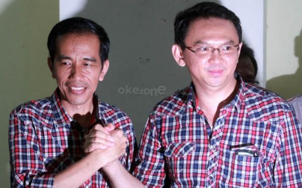 Politisi PDIP Kompak Pakai Baju Kotakkotak Ala JokowiAhok