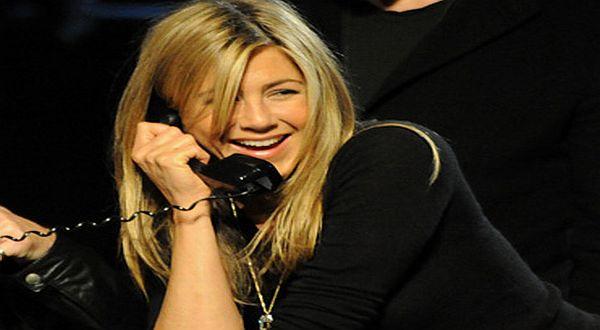 Foto : Pekerjaan pertama Jennifer Aniston adalah seorang telemarketer/Her Campus