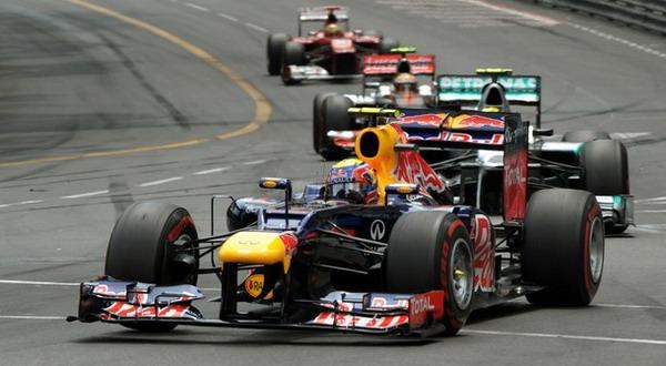 Mark Webber (depan) berhasil tampil konsisten di GP Monaco. (Foto: Getty Images)