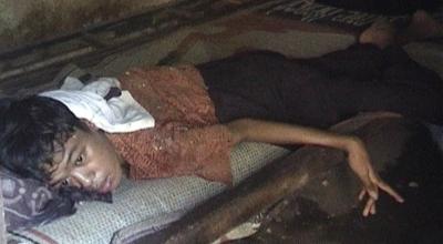 Wawan Hermawan terbaring di ranjang (Dok: Sindo TV/Mukhtar Bagus)
