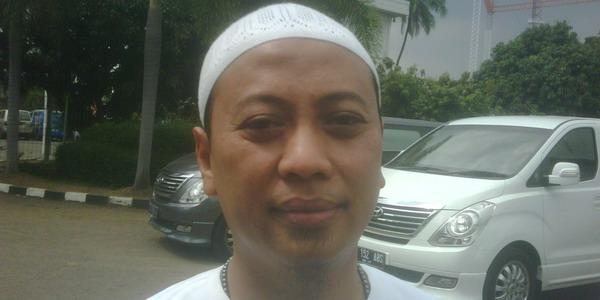 Pakai Baju Muslim, Opick Tetap Rock and Roll