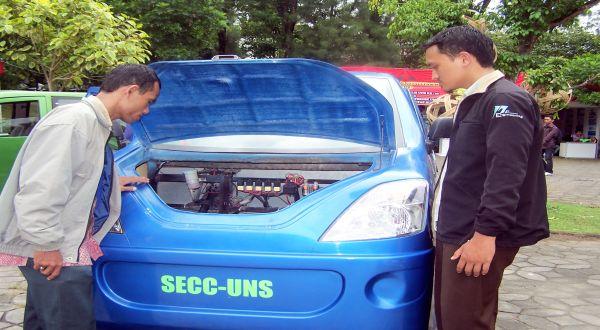 Mobil listrik UNS. (Foto: dok. UNS)