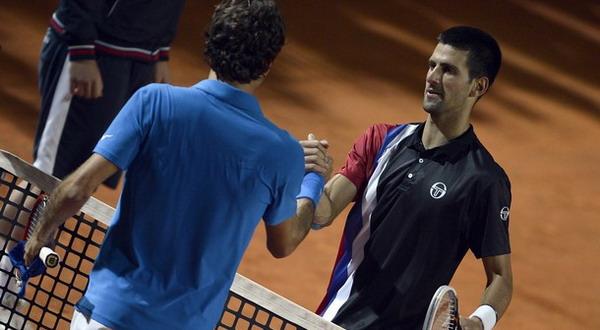 Novak Djokovic sudah punya modal kemenangan atas Roger Federer di semifinal Roma Master/Getty Images