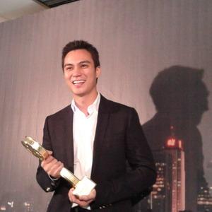Sempat Diragukan, Baim Wong Raih Piala Layar Emas