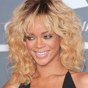 Rihanna Pesta di Miami Bareng Pacar Baru