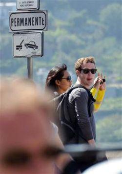 Mark Zuckerberg & Istri berbulan madu di Roma (Foto: MSNBC)