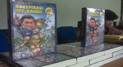 Buku Lapindo file (Foto: Iman H/okezone)