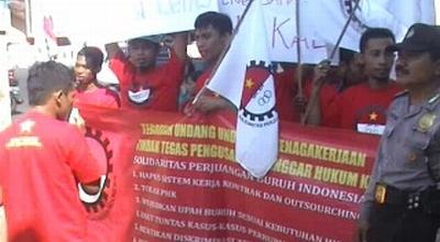 Unjuk rasa buruh di Jombang (Dok: Sindo TV/Mukhtar Bagus)