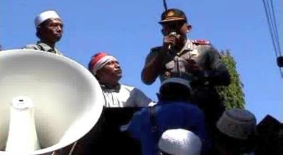 Wakapolres Sumenep berbicara kepada para santri (Dok: Sindo TV/A Rahem)