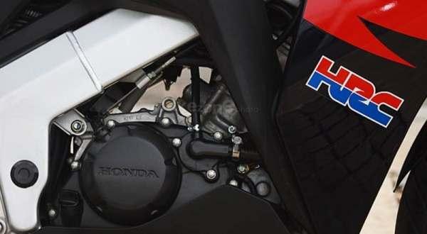 F: Mesin Honda CBR150 (Septian P/Okezone)