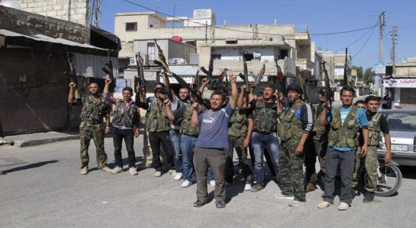 Pasukan oposisi Suriah (Foto: Reuters)