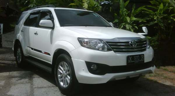 F: Toyota Grand New Fortuner (Aditya M/Okezone)