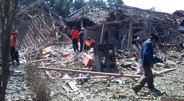 Lokasi ledakan petasan di Malang (Foto: Hari I/okezone)