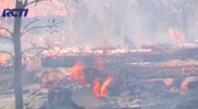 Ilustrasi rumah warga Syiah di Karang Gayam dibakar (Dok: RCTI)