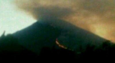 Hutan Gunung Agung, Bali Terbakar (Foto: Rohmat/okezone)
