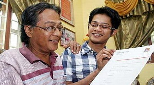 Foto : Mohd Firdaus dan sang ayah/ANN