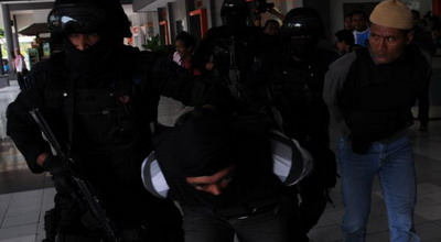 ilustrasi penangkapan teroris