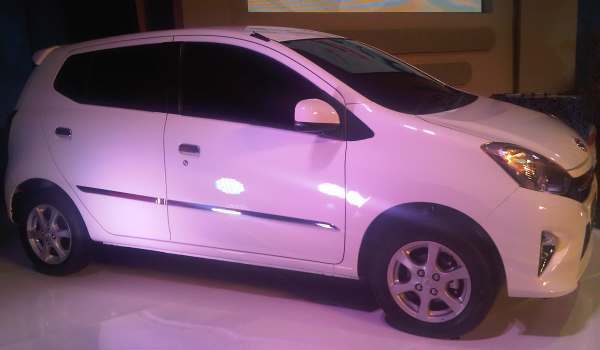 F: Toyota Agya (Aditya M/Okezone)
