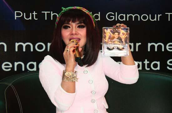 GALLERY KETIAK SEKSI ARTIS INDONESIA: ~ nyataX