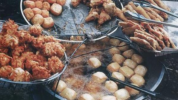 Musim Hujan, Hindari Gorengan & Makanan Pedas! : Okezone Lifestyle