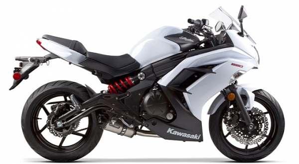 F: Kawasaki ER-6f (autoevolution)