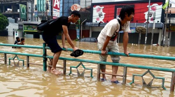 Banjir Surut 176 Pasien Sakit Jiwa Dikembalikan Ke Grogol