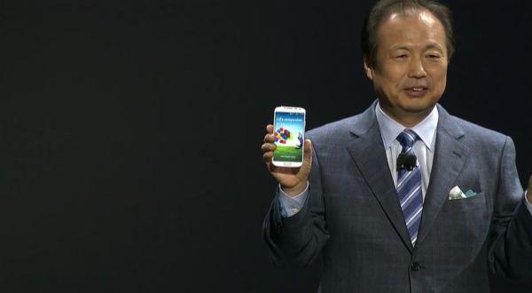 iPhone 5, HTC One & Galaxy S 4, Unggul Mana?