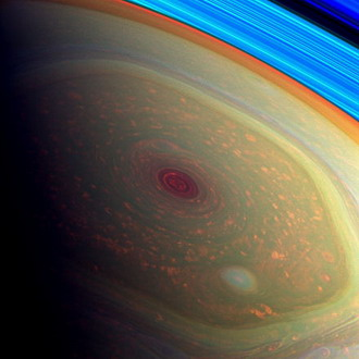 Cassini Tangkap Foto Badai Raksasa di Kutub Saturnus
