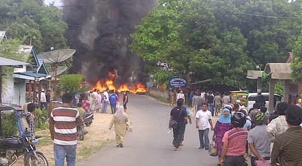 Ilustrasi bentrokan warga (foto: dok. Okezone)
