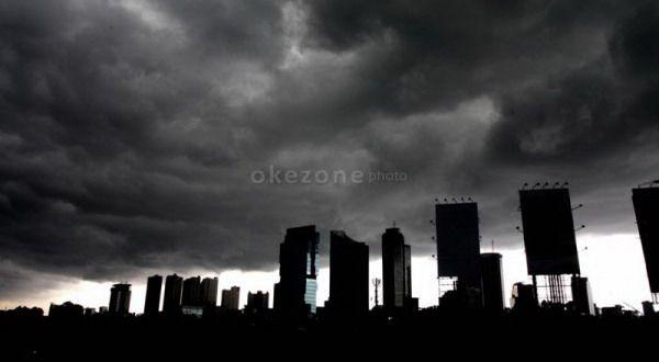 Waspada, Angin Kencang Terjang Jakarta Mei-Juni