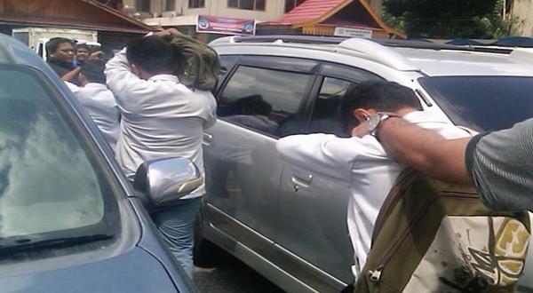 Polisi amankan anak buah Klewang di Pekanbaru (Ilustrasi: Foto: Banda/Okezone)
