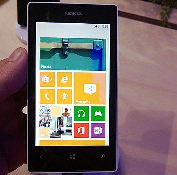 Nokia Tertarik Hadirkan Lumia Dual SIM Murah