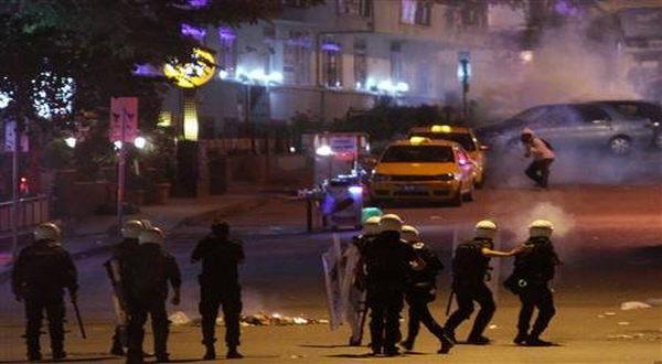 Foto : Kerusuhan di Turki (Reuters)