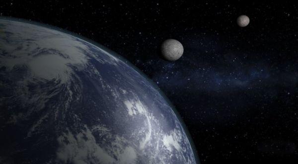 Bumi Pernah Punya Dua Bulan?