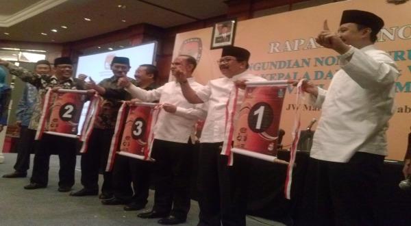 Pengambilan nomor urut Pilgub Jatim (Foto: Nurul Arifin/Okezone)