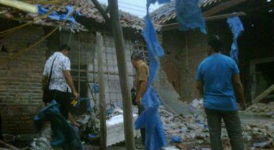 Ilustrasi rumah hancur akibat ledakan petasan (Foto: Dok Okezone)
