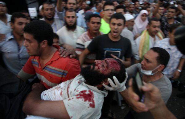 100 orang tewas saat demonstrasi di Mesir. (Foto: AP)