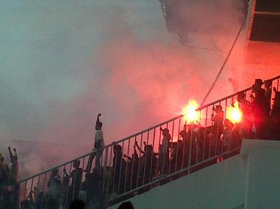Suporter Persija dan Persib Rusuh Lagi di Luar Stadion ...